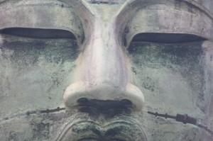 Maintenant les détails... vous voyez cette fine moustache?